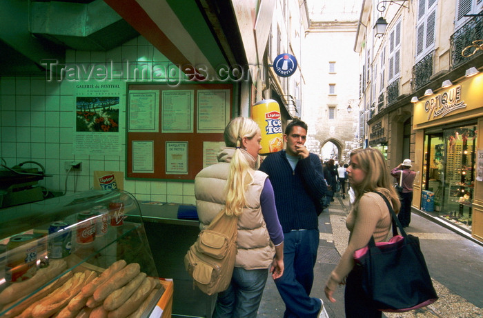 france1017: Aix en Provence, Bouches-du-Rhône, PACA: people at a bakery shop entrance - photo by K.Gapys - (c) Travel-Images.com - Stock Photography agency - Image Bank