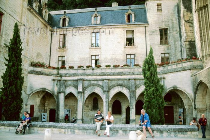 france1095: Brantôme / Brantòsme, Dordogne, Aquitaine, France: Benedictine abbey of Brantôme - pilgrimage route to Santiago de Compostela - photo by K.Gapys - (c) Travel-Images.com - Stock Photography agency - Image Bank