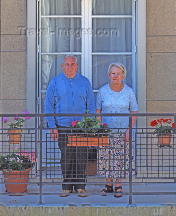 france1103: France - Le Havre (Seine-Maritime, Haute-Normandie): Retired Couple - balcony - photo by A.Bartel - (c) Travel-Images.com - Stock Photography agency - Image Bank