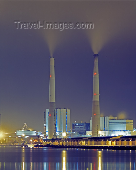 france1109: France - Le Havre (Seine-Maritime, Haute-Normandie): Coal Power Station  smoke stacks - photo by A.Bartel - (c) Travel-Images.com - Stock Photography agency - Image Bank