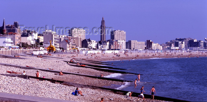france1122: Le Havre, Seine-Maritime, Haute-Normandie, France: urban beach - photo by A.Bartel - (c) Travel-Images.com - Stock Photography agency - Image Bank