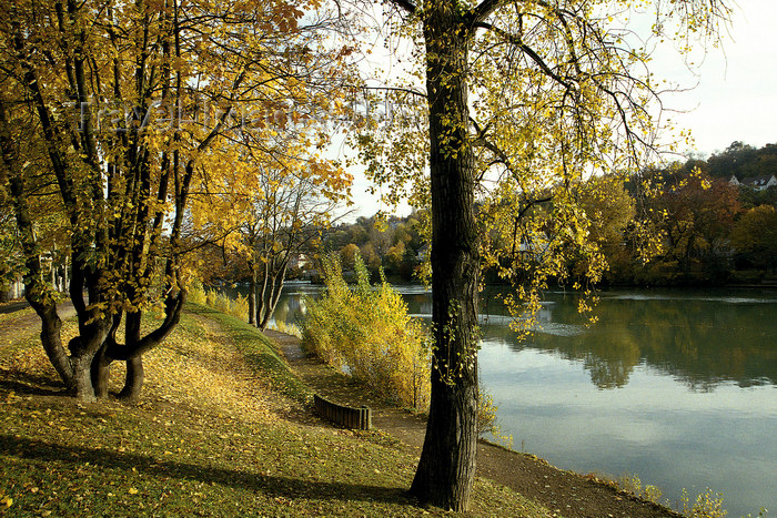 france1140: La Varenne, Val-de-Marne, Ile-de-France: banks of the Marne river - photo by Y.Baby - (c) Travel-Images.com - Stock Photography agency - Image Bank