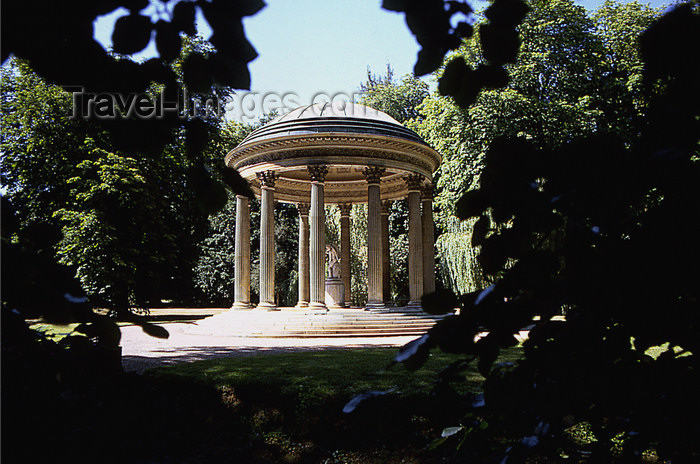 france1165: Versailles, Yvelines département, France: Palace of Versailles / Château de Versailles - temple of love - photo by Y.Baby - (c) Travel-Images.com - Stock Photography agency - Image Bank