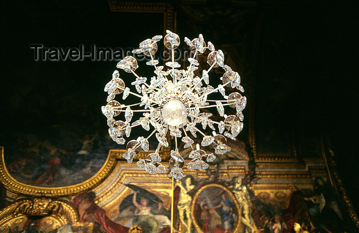 Versailles yvelines departement france palace of versailles versailles yvelines departement france palace of versailles cheteau de versailles hall of mirrors chandelier detail photo by yby aloadofball Images