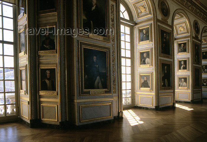 france1173: Versailles, Yvelines département, France: Palace of Versailles / Château de Versailles - the palace - gallery - photo by Y.Baby - (c) Travel-Images.com - Stock Photography agency - Image Bank