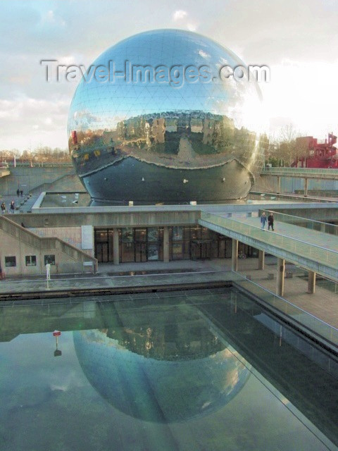 france120: Paris, France: La Villette - city of science - Géode - reflections of reflections - photo by A.Slobodianik - (c) Travel-Images.com - Stock Photography agency - Image Bank