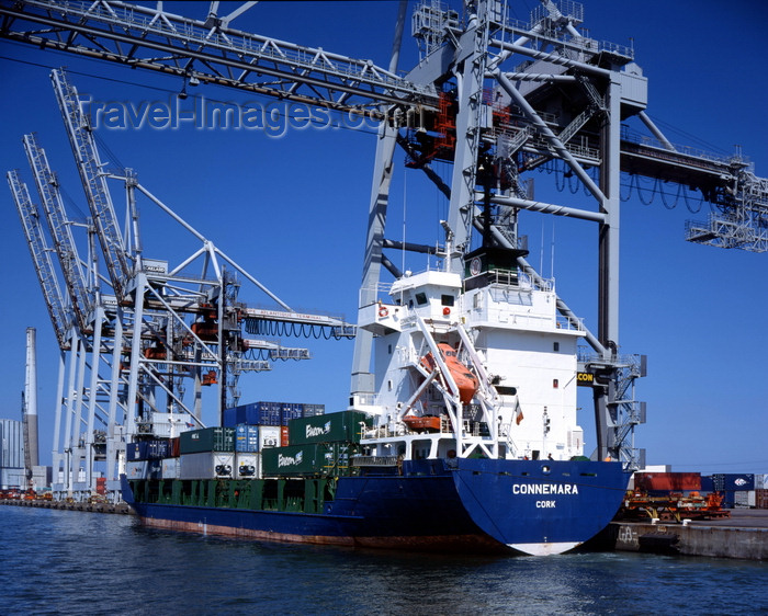 france1219: Le Havre, Seine-Maritime, Haute-Normandie, France: Connera Container Ship - Gantry Cranes - photo by A.Bartel - (c) Travel-Images.com - Stock Photography agency - Image Bank