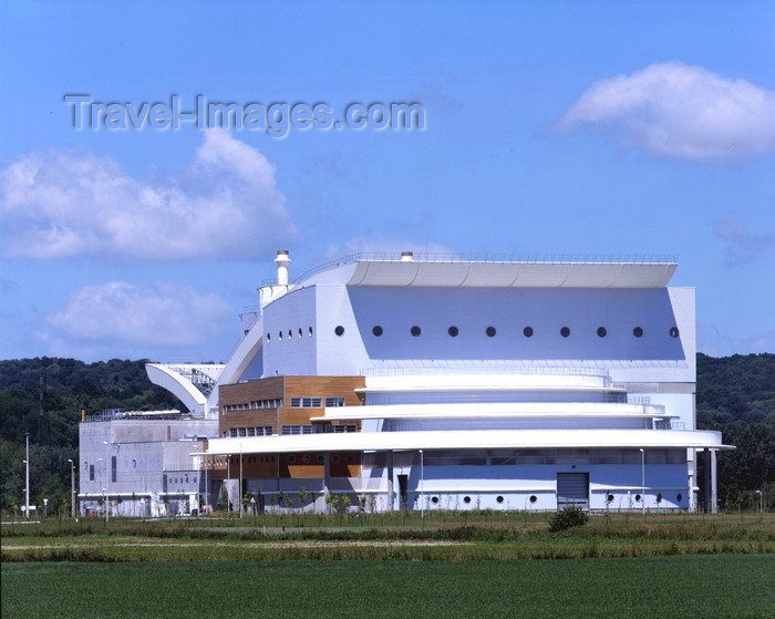france1221: Le Havre, Seine-Maritime, Haute-Normandie, France: Ecostu'air, Incinerator and Power Station - SEVEDE, syndicat d'élimination et de valorisation énergétique des déchets de l'estuaire - photo by A.Bartel - (c) Travel-Images.com - Stock Photography agency - Image Bank