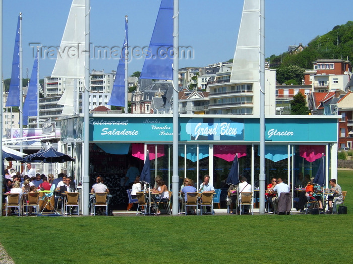 france1237: Le Havre, Seine-Maritime, Haute-Normandie, France: Grand Bleu Restaurant, Beach - photo by A.Bartel - (c) Travel-Images.com - Stock Photography agency - Image Bank