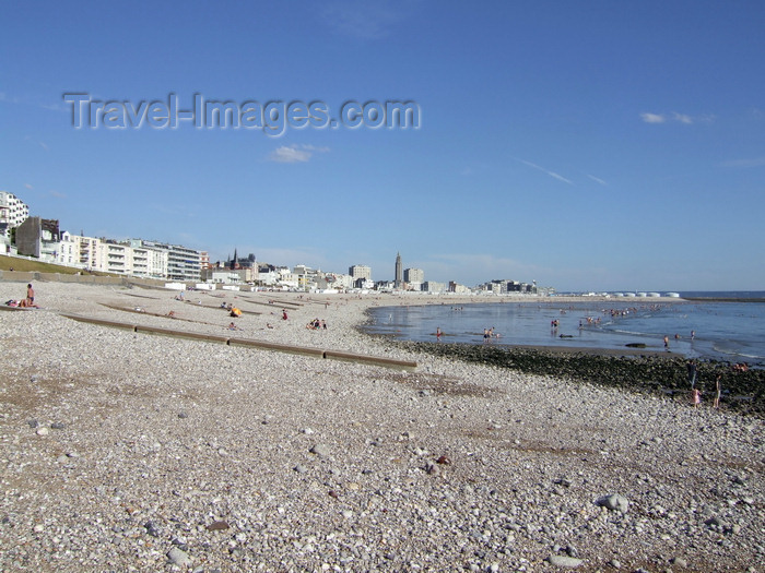 france1244: Le Havre, Seine-Maritime, Haute-Normandie, France: Low Tide, pebbles beach - Normandy - photo by A.Bartel - (c) Travel-Images.com - Stock Photography agency - Image Bank