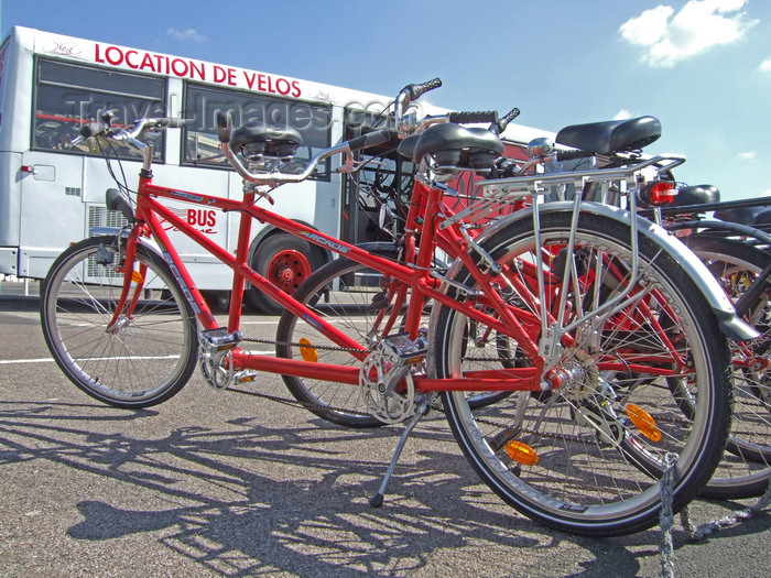 france1254: Le Havre, Seine-Maritime, Haute-Normandie, France: bicycles and tandems for hire, seafront - support bus - photo by A.Bartel - (c) Travel-Images.com - Stock Photography agency - Image Bank
