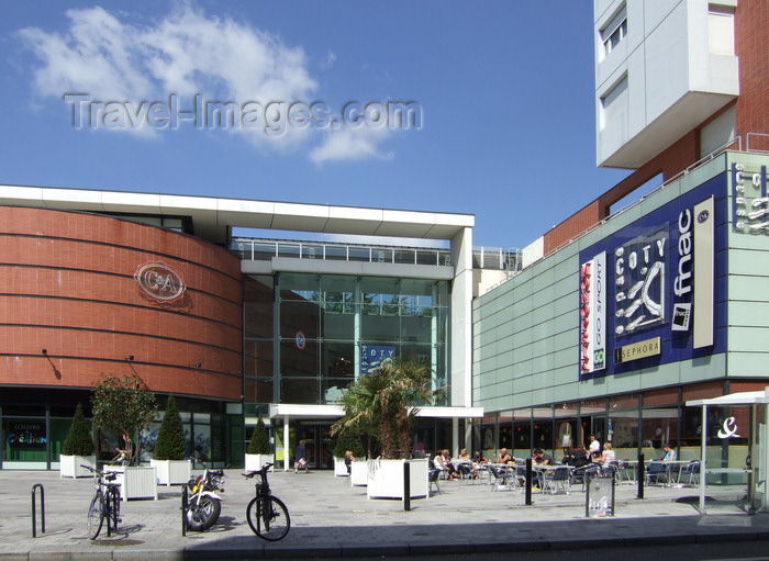 france1257: Le Havre, Seine-Maritime, Haute-Normandie, France: Centre Coty, City Centre Shopping Mall - FNAC and C+A - photo by A.Bartel - (c) Travel-Images.com - Stock Photography agency - Image Bank