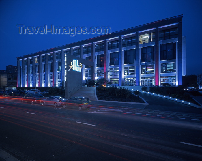 france1259: Le Havre, Seine-Maritime, Haute-Normandie, France: Casino Le Havre Partouche - Place Jules Ferry - nocturnal view - Pasino - photo by A.Bartel - (c) Travel-Images.com - Stock Photography agency - Image Bank