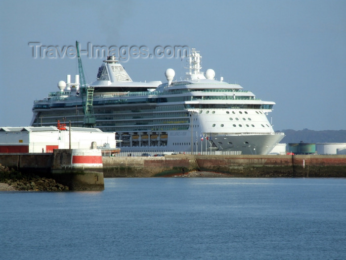 france1271: Le Havre, Seine-Maritime, Haute-Normandie, France: Brilliance of the Seas Cruise Ship - Normandy - photo by A.Bartel - (c) Travel-Images.com - Stock Photography agency - Image Bank