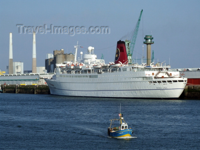 france1277: Le Havre, Seine-Maritime, Haute-Normandie, France: Fishing Boat Led Zeppelin, Cruise Ship Mona Lisa and the Power Station - photo by A.Bartel - (c) Travel-Images.com - Stock Photography agency - Image Bank