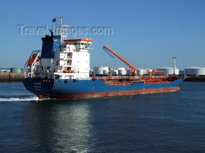 france1293: Le Havre, Seine-Maritime, Haute-Normandie, France: FS Sara Chemical Tanker, starboard side - fuel tanks - photo by A.Bartel - (c) Travel-Images.com - Stock Photography agency - Image Bank