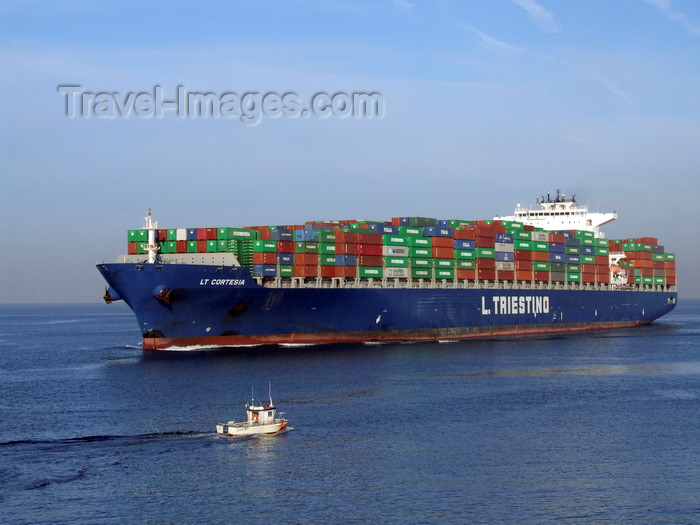 france1294: Le Havre, Seine-Maritime, Haute-Normandie, France: Container Ship LT Cortesia and small ship - Normandy - photo by A.Bartel - (c) Travel-Images.com - Stock Photography agency - Image Bank