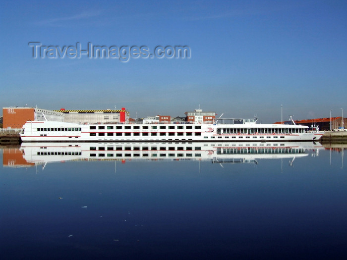 france1302: Le Havre, Seine-Maritime, Haute-Normandie, France: Viking Seine River Cruise Ship mirrored on the water - Normandy - photo by A.Bartel - (c) Travel-Images.com - Stock Photography agency - Image Bank