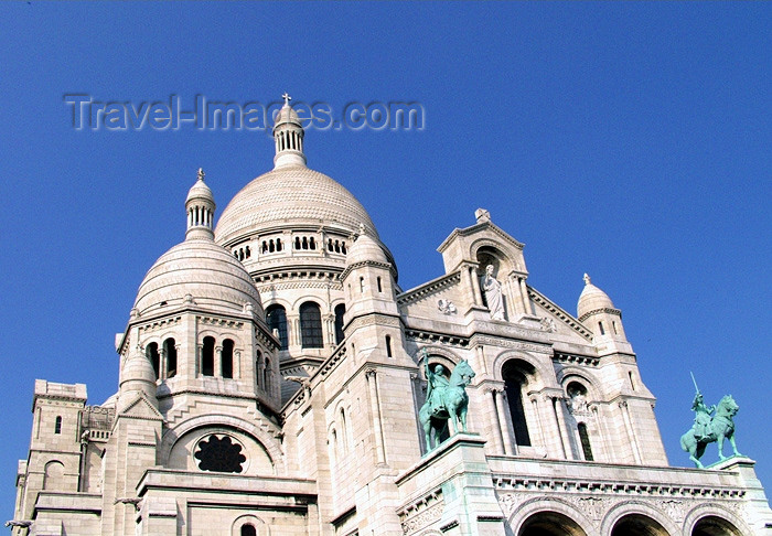 france134: France - Paris: Sacre-Coeur basilica - domes - Basilique du Sacré-Cœur - Romano-Byzantine style - photo by K.White - (c) Travel-Images.com - Stock Photography agency - Image Bank