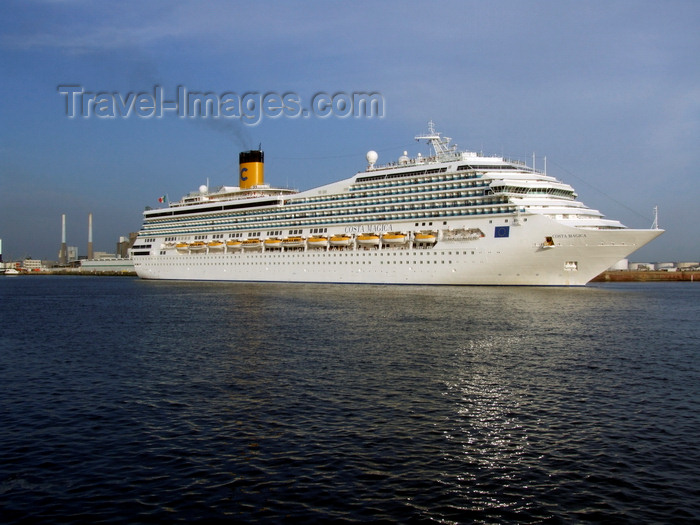 france1351: Le Havre, Seine-Maritime, Haute-Normandie, France: Costa Magica Cruise Ship - European flag on the hull - photo by A.Bartel - (c) Travel-Images.com - Stock Photography agency - Image Bank