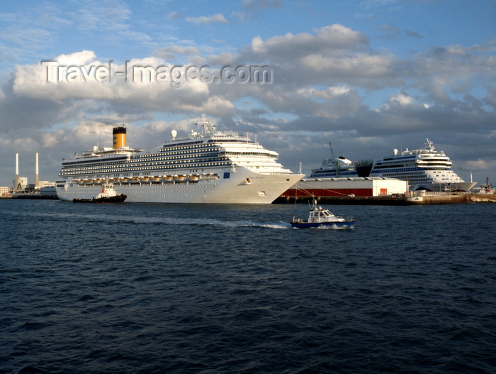 france1356: Le Havre, Seine-Maritime, Haute-Normandie, France: Cruise Ships Costa Magica and Aida Blu - Normandy - photo by A.Bartel - (c) Travel-Images.com - Stock Photography agency - Image Bank