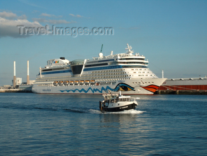 france1363: Le Havre, Seine-Maritime, Haute-Normandie, France: Aida Luna Cruise Ship on the pier, St. Michel Fishing Boat - Normandy - photo by A.Bartel - (c) Travel-Images.com - Stock Photography agency - Image Bank