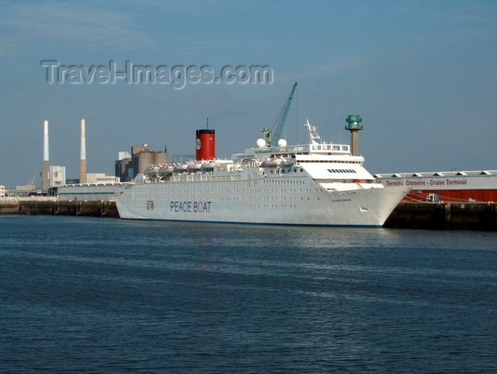 france1367: Le Havre, Seine-Maritime, Haute-Normandie, France: Peace Boat, Ocean Dream on the dock - photo by A.Bartel - (c) Travel-Images.com - Stock Photography agency - Image Bank