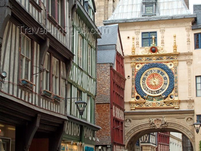 france1398: Rouen, Seine-Maritime, Haute-Normandie, France: Gros Horloge and timber frame facades - 16th century astronomical clock  with a 14th century movement- Upper Normandy - photo by A.Bartel - (c) Travel-Images.com - Stock Photography agency - Image Bank
