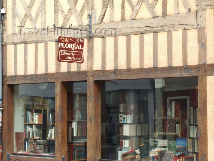 france1407: Evreux, Eure, Haute-Normandie, France: old structural timber façade of the Floreal bookshop - Rue de la Harpe - the town was a medieval centre of Jewish learning - photo by A.Bartel - (c) Travel-Images.com - Stock Photography agency - Image Bank