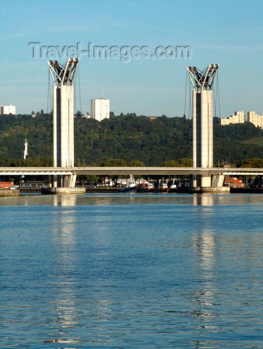 france1419: Rouen, Seine-Maritime, Haute-Normandie, France: Flaubert Bridge - vertical lift bridge over the River Seine - Upper Normandy - photo by A.Bartel - (c) Travel-Images.com - Stock Photography agency - Image Bank