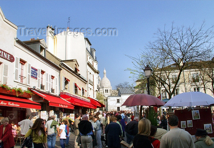 france149: France - Paris: Place du Tertre - Montmartre - photo by K.White - (c) Travel-Images.com - Stock Photography agency - Image Bank