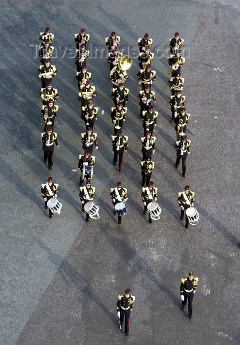 france152: France - Paris: Military Marching band - Avenue Des Champs Elysees - photo by K.White - (c) Travel-Images.com - Stock Photography agency - Image Bank