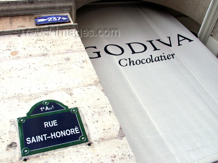 france168: France - Paris: Rua Saint-Honoré - Godiva chocolatier - photo by K.White - (c) Travel-Images.com - Stock Photography agency - Image Bank