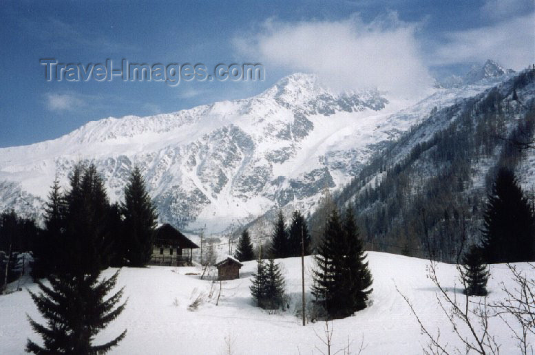 france21: France / Frankreich -  Argentière (Haute-Savoie) - in the snow - photo by M.Torres - (c) Travel-Images.com - Stock Photography agency - Image Bank