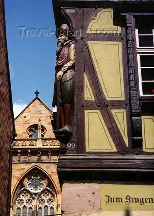 france258: France - Colmar / Kolmar (Haut-Rhin - Alsace): old town corner - Maison Zum Kragen at rue des Marchands, in the background the Collégiale Saint-Martin de Colmar (photo by G.Frysinger) - (c) Travel-Images.com - Stock Photography agency - Image Bank