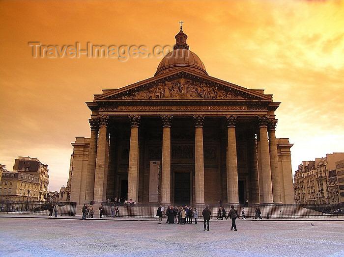 france278: France - Paris: Panthéon - architect Jacques-Germain Soufflot - photo by J.Kaman - (c) Travel-Images.com - Stock Photography agency - Image Bank