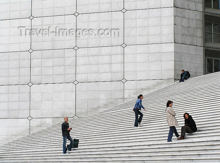 france279: France - Paris: La Défence - stairs of the arch - photo by J.Kaman - (c) Travel-Images.com - Stock Photography agency - Image Bank