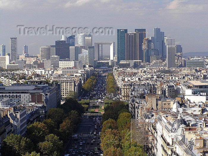 france282: France - Paris: La Défence and Avenue de la Grande Armée - view from the top of Arc de Triomphe - photo by J.Kaman - (c) Travel-Images.com - Stock Photography agency - Image Bank