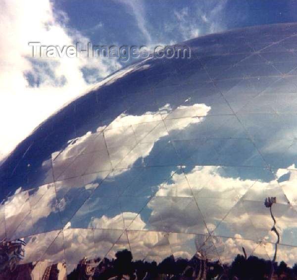 france3: France - La Villette: Géode - photo by M.Torres - (c) Travel-Images.com - Stock Photography agency - Image Bank