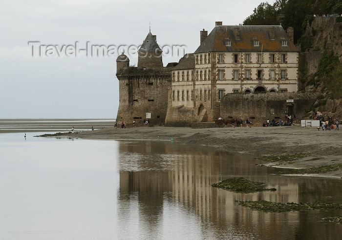 france307: France - Mont-St. Michel: winter day on the beach - photo by R.Sousa - (c) Travel-Images.com - Stock Photography agency - Image Bank