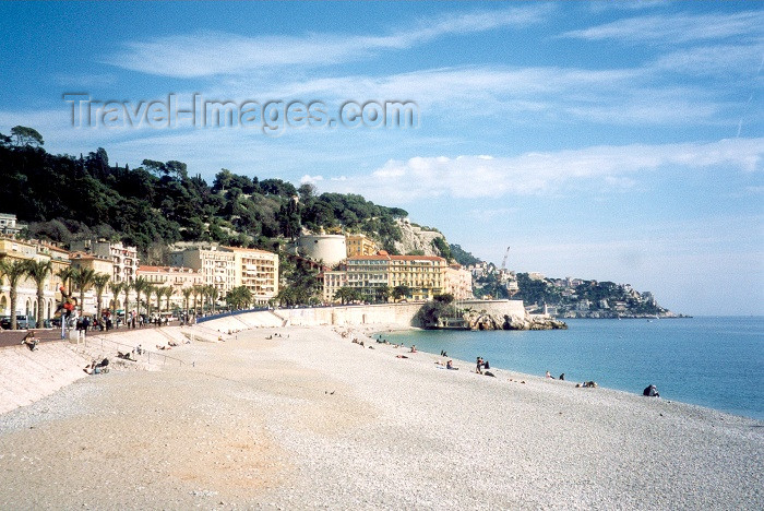 france41: France - Nice (Alpes Maritimes): Castel Plage (photo by M.Torres) - (c) Travel-Images.com - Stock Photography agency - Image Bank