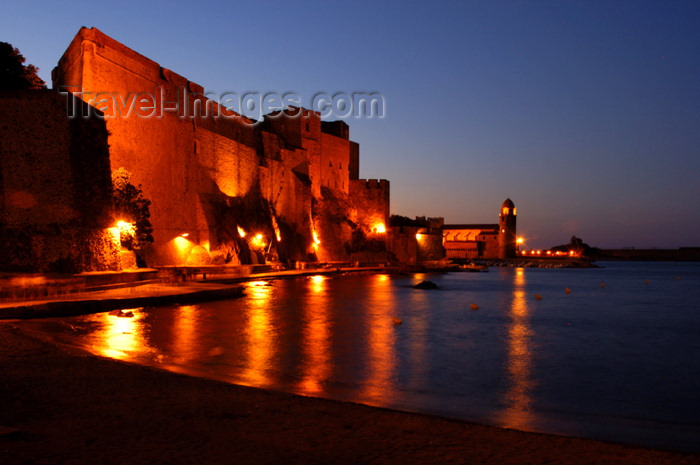 france462: France - Languedoc-Roussillon - Pyrénées-Orientales - Collioure - Cotlliure - Chateau Royale and harbour at night - photo by T.Marshall - (c) Travel-Images.com - Stock Photography agency - Image Bank