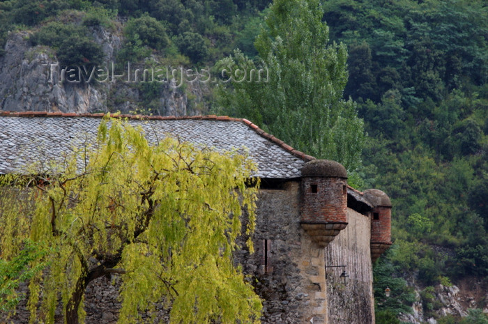 france466: France - Languedoc-Roussillon - Pyrénées-Orientales - Villefranche-de-Conflent - Vilafranca de Conflent: fort - photo by T.Marshall - (c) Travel-Images.com - Stock Photography agency - Image Bank