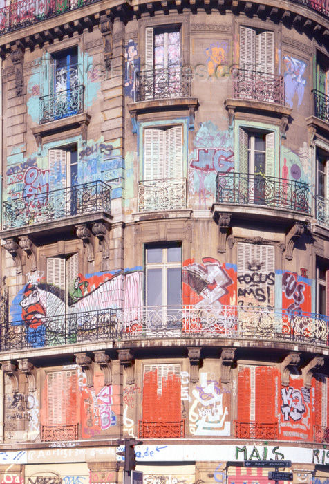 france471: Paris, France: Graffiti on an old façade - squat - photo by A.Bartel - (c) Travel-Images.com - Stock Photography agency - Image Bank