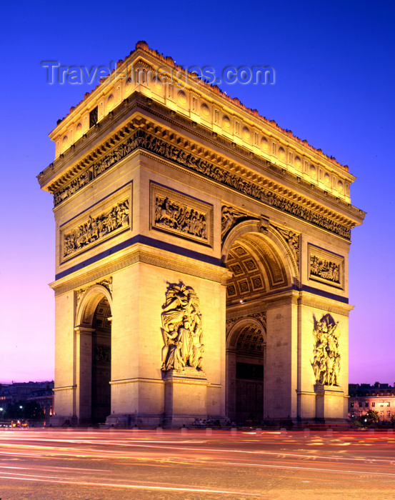 france474: Paris, France: Arc de Triomphe at night - astylar design by architect Jean Chalgrin - photo by A.Bartel - (c) Travel-Images.com - Stock Photography agency - Image Bank