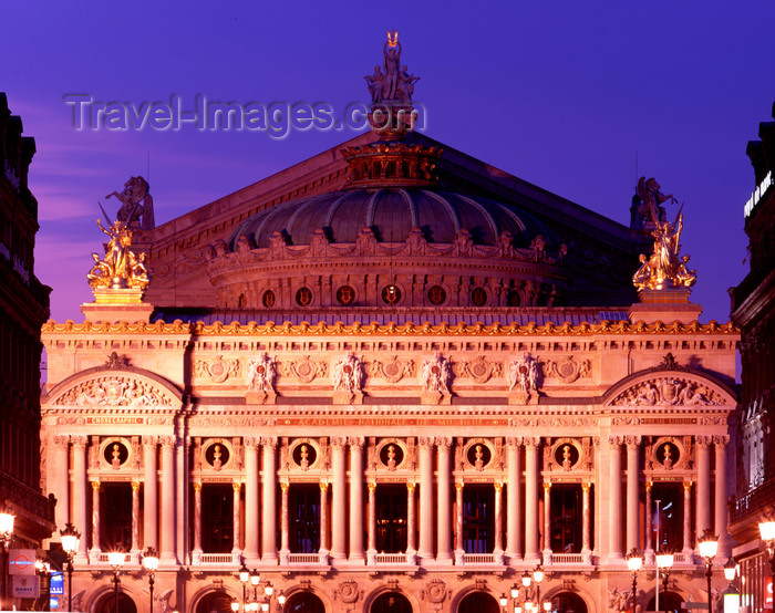 france475: Paris, France: Opéra Garnier at night - Palais Garnier - Neo-Baroque and Beaux-Arts architecture by Chrales Garnier - Place de l'Opéra - 9th arrondissement - photo by A.Bartel - (c) Travel-Images.com - Stock Photography agency - Image Bank