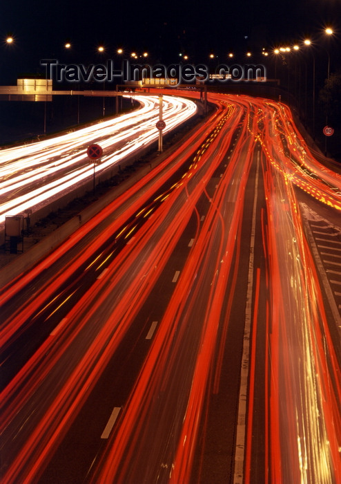 france483: Paris, France: night lights - traffic on the Ring Road - Boulevard Périphérique - photo by A.Bartel - (c) Travel-Images.com - Stock Photography agency - Image Bank