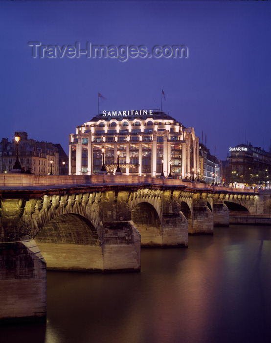 france488: Paris, France: Pont Neuf and Samaritaine department store - 1st arrondissement - photo by A.Bartel - (c) Travel-Images.com - Stock Photography agency - Image Bank