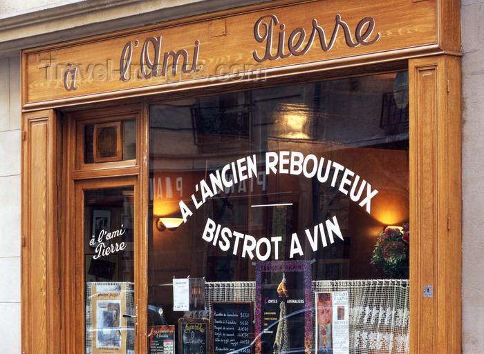 france491: Paris, France:  'à l'ami Pierre', a l'Ancien Rebouteux - restaurant - bistrot a vin - rue de la Main d'Or - faubourg Saint Antoine - 11 ème arrondissement - photo by A.Bartel - (c) Travel-Images.com - Stock Photography agency - Image Bank