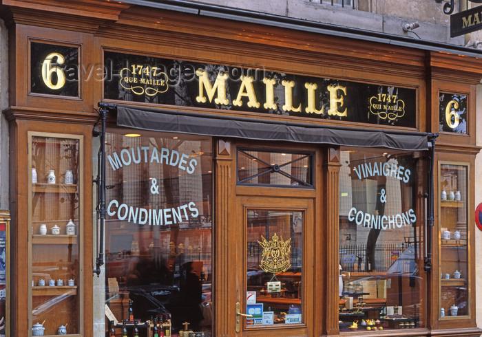france492: Paris, France: Maille - mustard, vinegar, gherkin and condiments shop - 'Il n'y a que Maille qui m'aille' - gourmet food shop at place de la La Madeleine - 8th arrondissement - photo by A.Bartel - (c) Travel-Images.com - Stock Photography agency - Image Bank